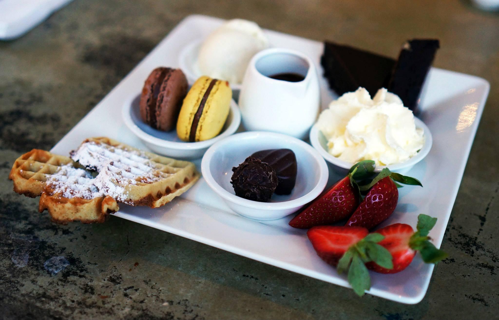 Lindt Chocolat Cafe, CBD