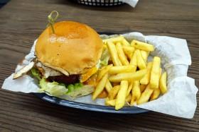 Burger Bro?, CBD